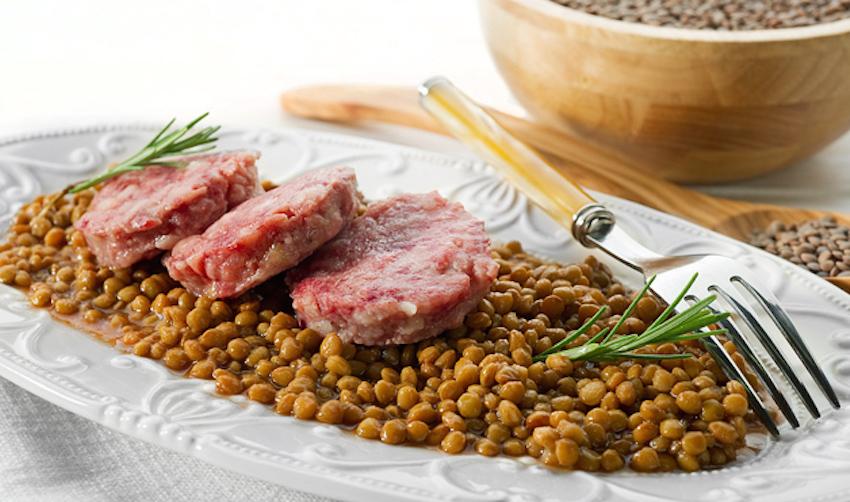 Cotechino con lenticchie, Cotechino with lentils