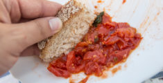 "Why do we say ""fare la scarpetta"" (mop your plate with bread)?"