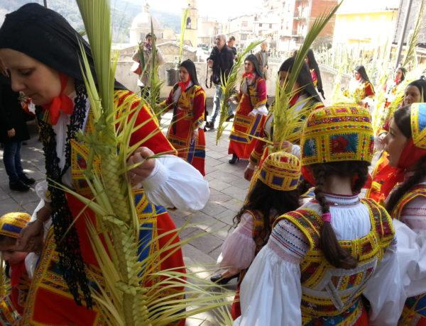 SA CHIDA SANTA: HOLY WEEK RITUALS IN SARDINIA