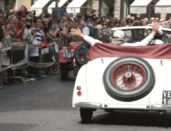 Las Mil Millas. La más importante competición automovilística en Italia