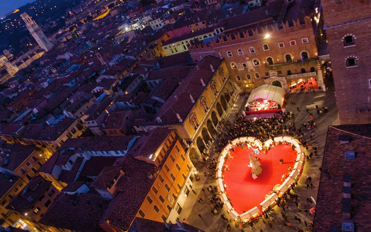 5 places to go for a romantic weekend in italy italian for Where to go for a romantic weekend