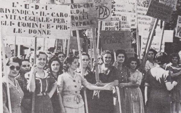 Pourquoi Est Célébré La Fête De La Femme En Italie Italian Traditions