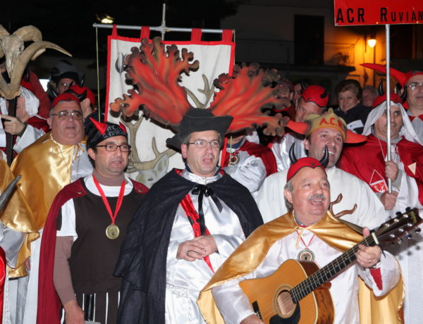 Festa of the horned man (someone who has been betrayed by a loved one) and rola (chestnut) fair