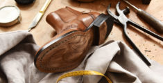 Italian shoe factories: the excellence of Made in Italy