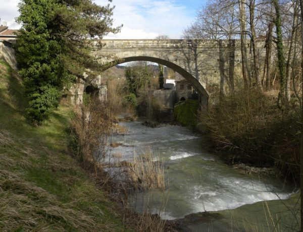 Borgo Pace: fragrance of coal among the Marche Apennines