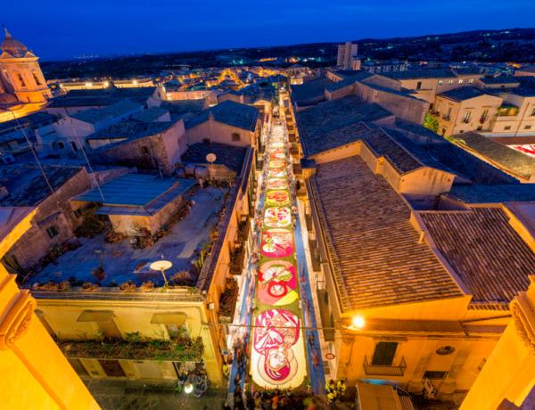 Eventi in Sicilia a Maggio: l'Infiorata di Noto