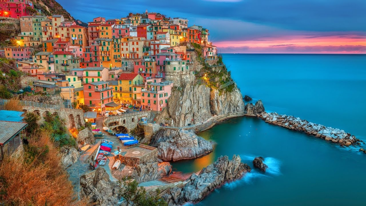 Italian Tourist Locations Cinque Terre Five Lands Among